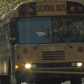 school bus_4023265284211557383
