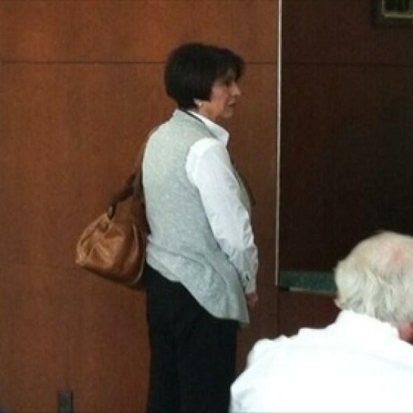 Martha Shoffner in court_-9042135211814730599
