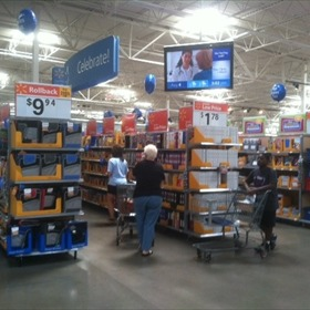 Wal-Mart back to school shopping_-7068430219138479330
