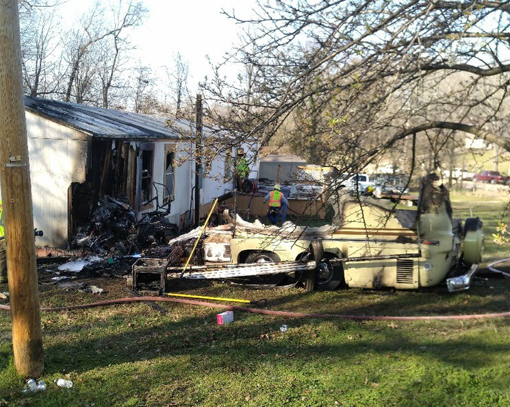 2 killed after RV crashes into home in Boone Co