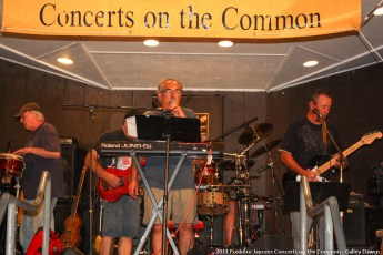 2014-concerts-10-Galley-Dawgs-010