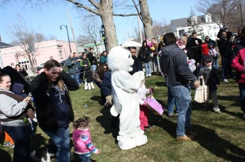 2010-easter-egg-hunt-167