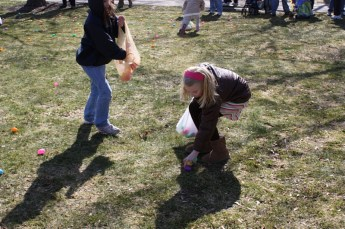 2010-easter-egg-hunt-192