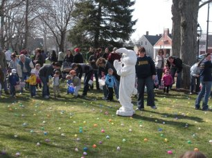 2011-easter-egg-hunt-18