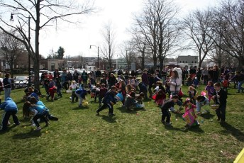 2011-easter-egg-hunt-237