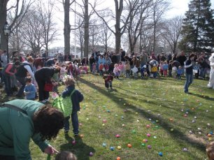 2011-easter-egg-hunt-243