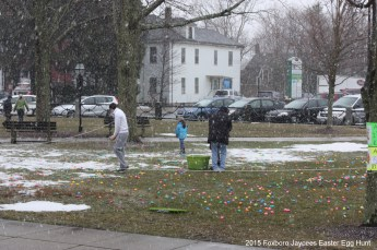 2015-easter-egg-hunt-360