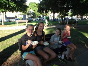 2013_jaycee_family_night_out_23