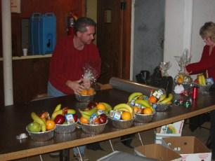 2003-fruit-baskets-02
