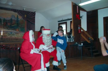 2003-kids-christmas-party-02