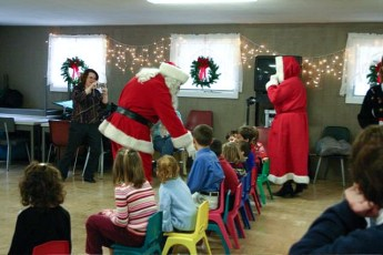 2006-kids-christmas-party-26