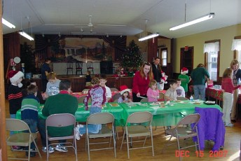 2007-kids-christmas-party-38