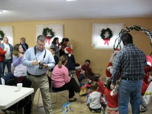2008-kids-christmas-party-62
