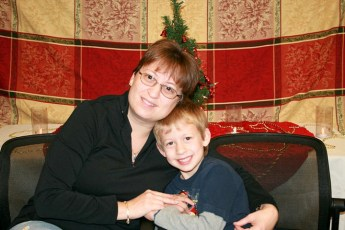 2010-kids-christmas-party-137