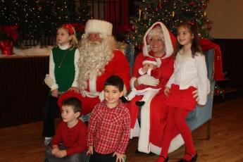 2012-029-jaycee-christmas-kids-party