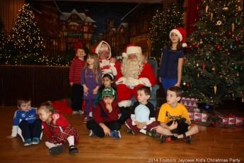 2014-jaycee-christmas-kids-party-009