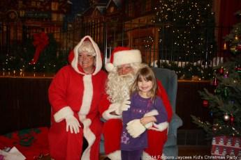 2014-jaycee-christmas-kids-party-014