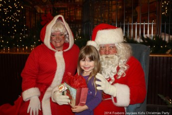 2014-jaycee-christmas-kids-party-032