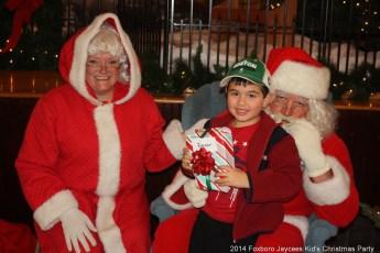 2014-jaycee-christmas-kids-party-038
