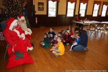 2014-jaycee-christmas-kids-party-049