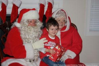 2015-jaycee-christmas-kids-party-027