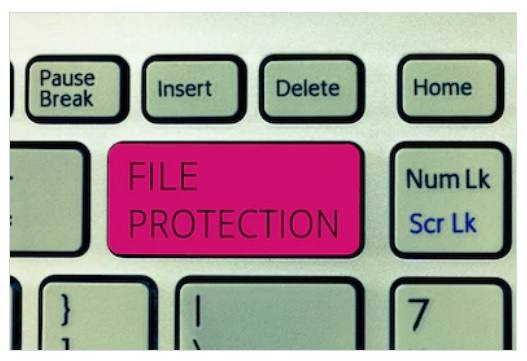 Protect files in Linux/Unix