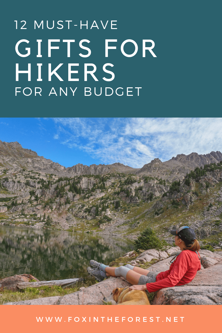 Find the perfect gift for the hiker on your list. This budget-friendly gift guide for hikers gives you plenty of ideas. Gifts from $10 to $100+. #budgetfriendlygifts #giftsforhikers #giftguide