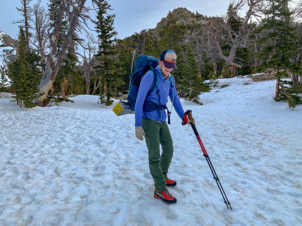 womens trekking poles