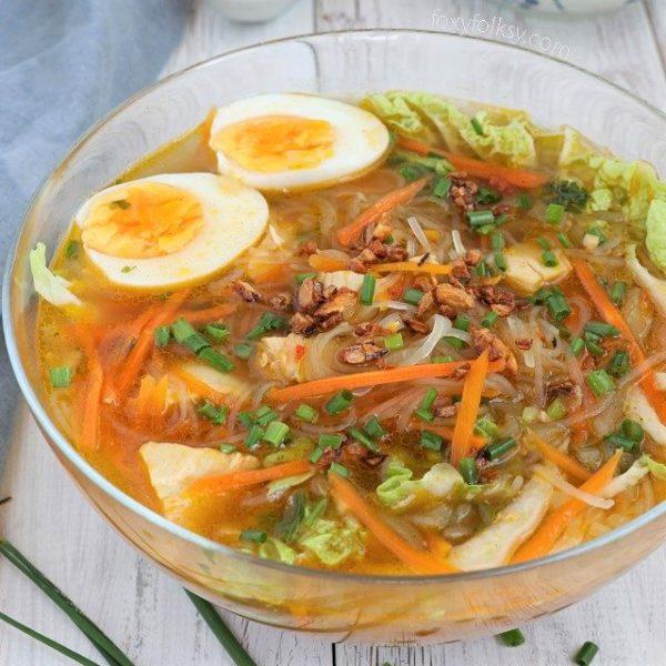 Chicken Sotanghon Soup | Foxy Folksy