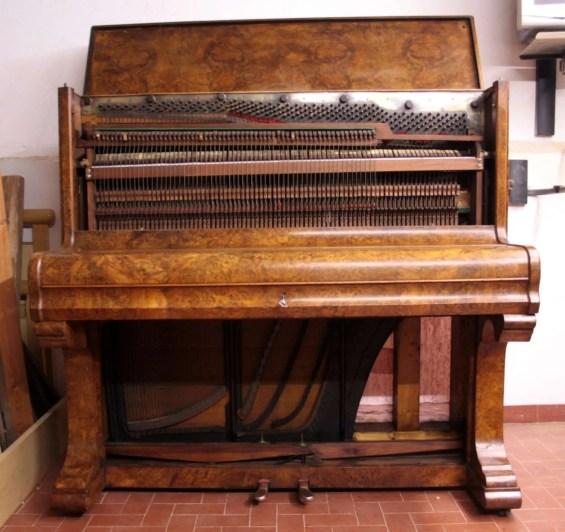 14. Pianoforte Reogh 1890, dopo il restauro