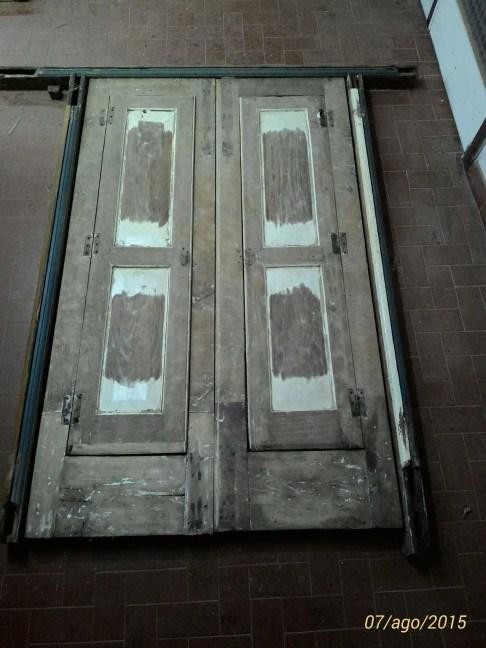 Restructuration d'une porte et une fenêtre en bois de cèdre