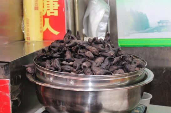 china-urlaub-erfahrungen-peking-kaiserlicher-himmelspalast-wanfuijing-gasse-60