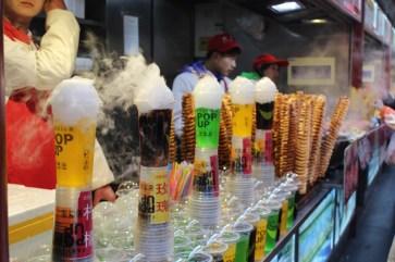 china-urlaub-erfahrungen-peking-kaiserlicher-himmelspalast-wanfuijing-gasse-66