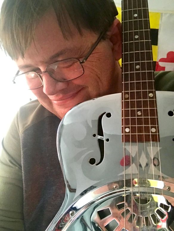 Patrick and his Dobro 33D