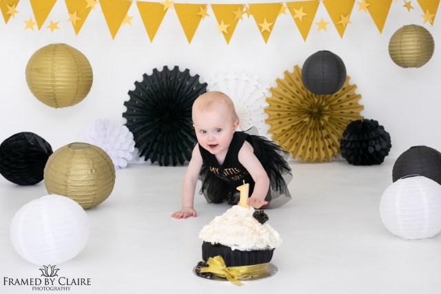 First birthday cake smash and milk bath