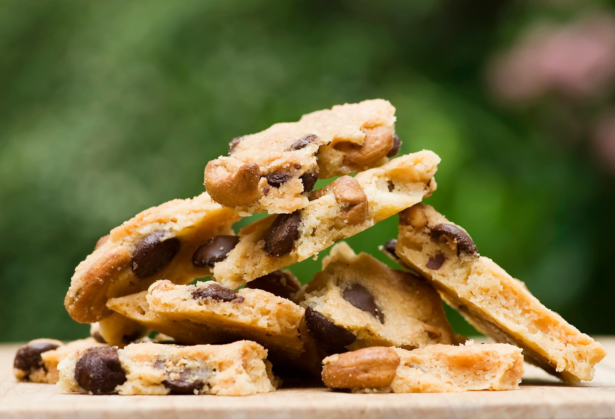 cashew cookie brittle