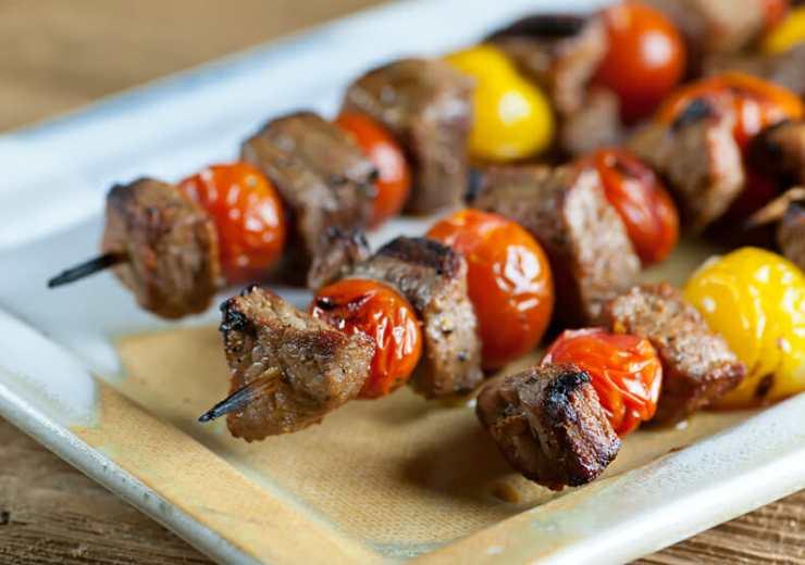 steak and cherry tomato skewers