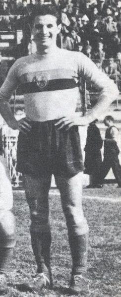 Benedetti nel 1943 con la maglia della Roma