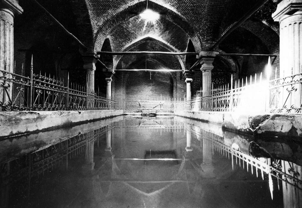 Gabriele-Basilico-Iran-1970_C_I-0172