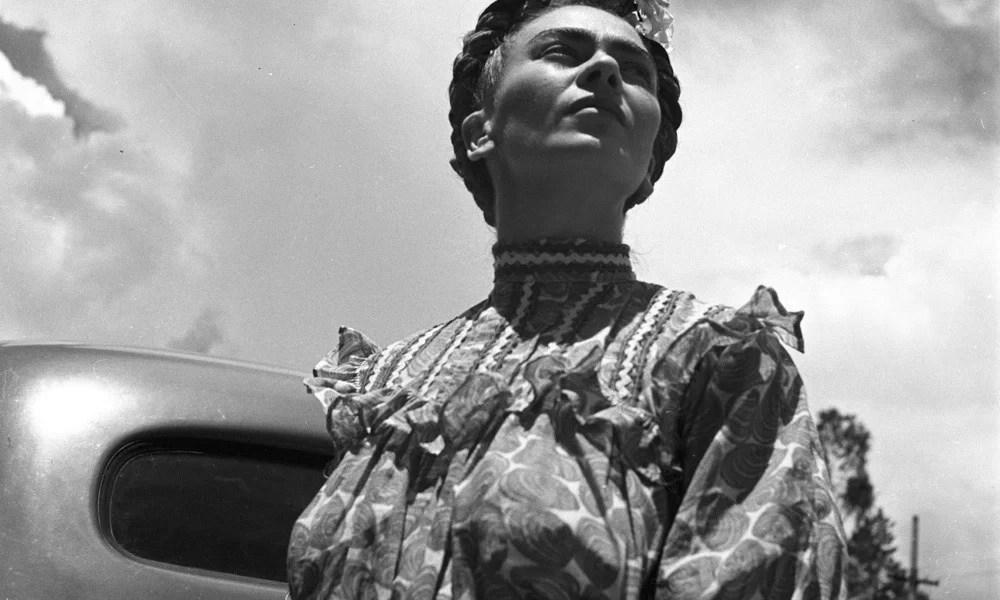 Frida Kahlo, 1943 Credits: Leo Matiz©Alejandra Matiz /Courtesy Photology, Milano