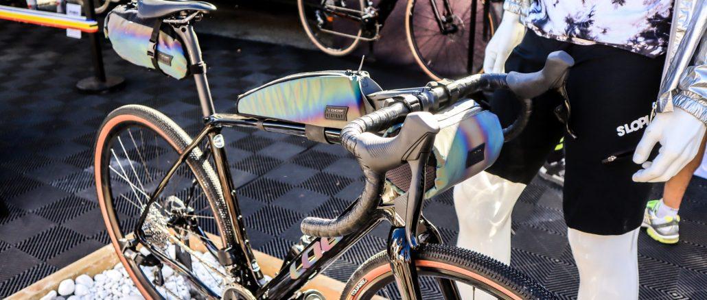 LOOK 765 Gravel RS, une collaboration bikepacking avec Restrap