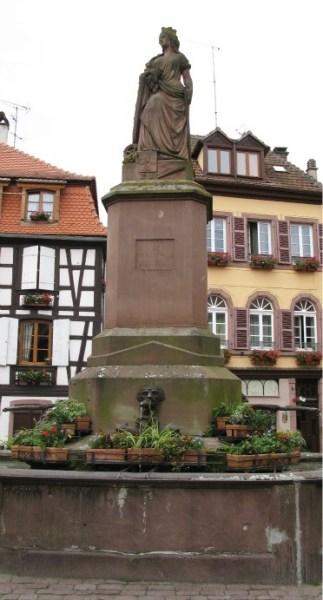 alsace lorraine, Ribeauvillé Fountain