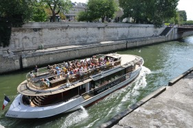 Paris-boat