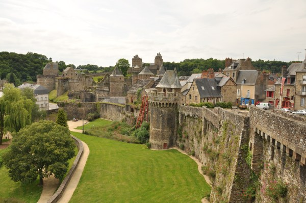 chateau fougeres