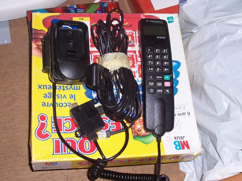 Troc Echange Je Vend Un Telephone Gsm De Voiture Motorola
