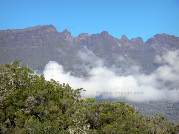the piton des neiges tourism holidays weekends guide in the reunion