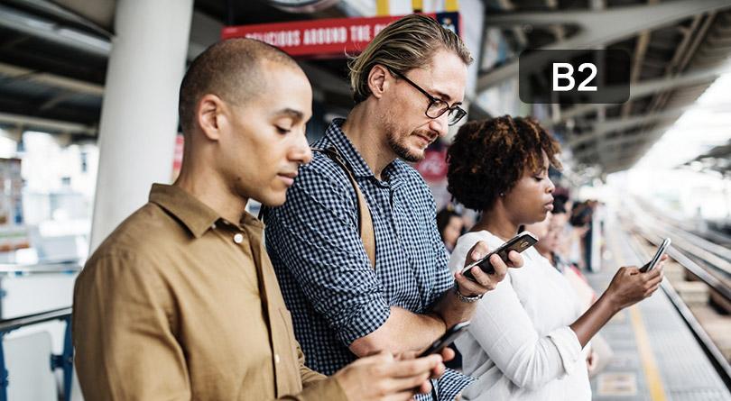 Les dangers du téléphone portable dans la rue