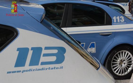 Calabria, rinvenuti sotto un'auto i resti di un cadavere carbonizzato: è omicidio