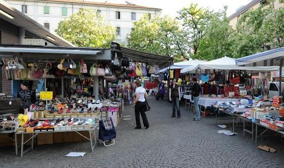 Catanzaro, gli ambulanti si rifiutano di scegliere i posteggi nella nuova area di mercato