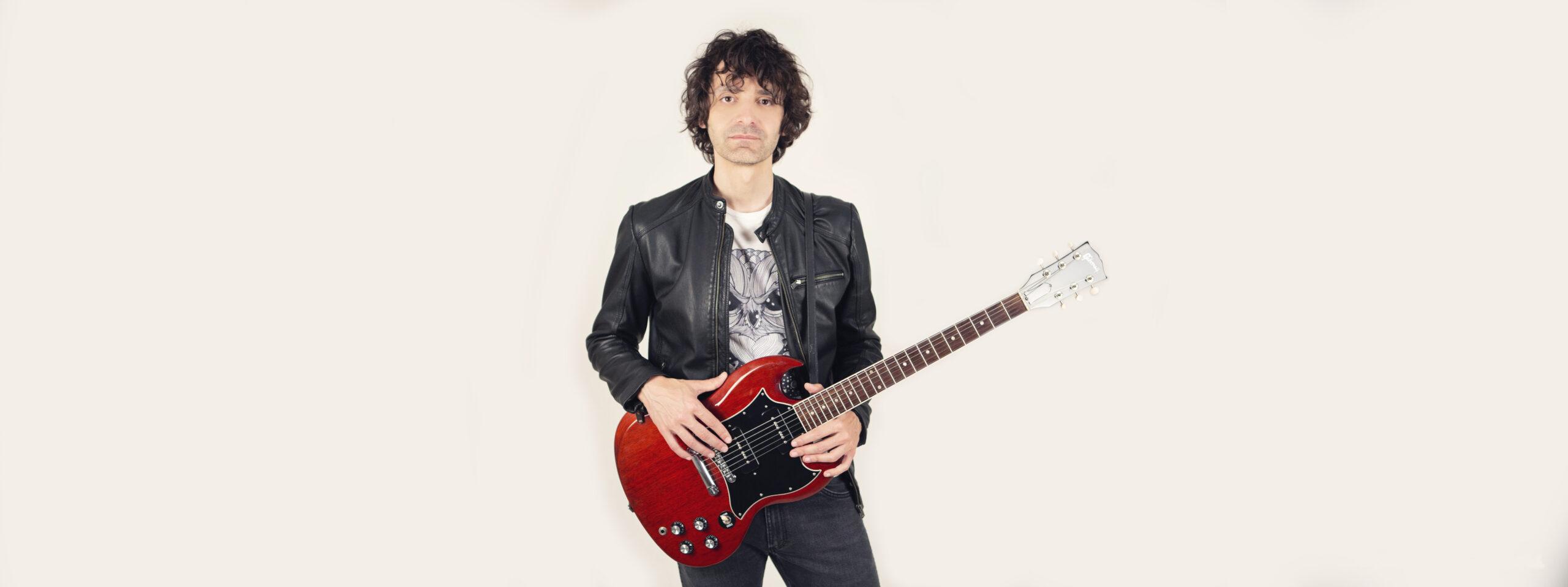 Francesco Garolfi - Gibson SG - Biografia